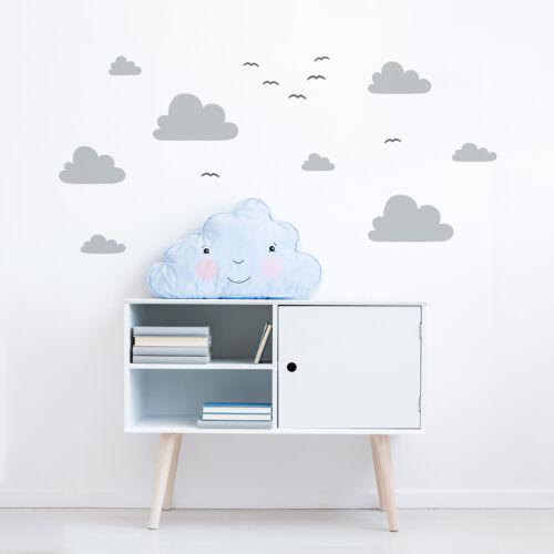 """""""Óriás felhők madarakkal"""" falmatrica - szürke, JUSTa"""