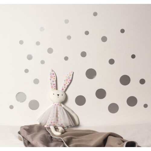 Ezüst pöttyös falmatricák