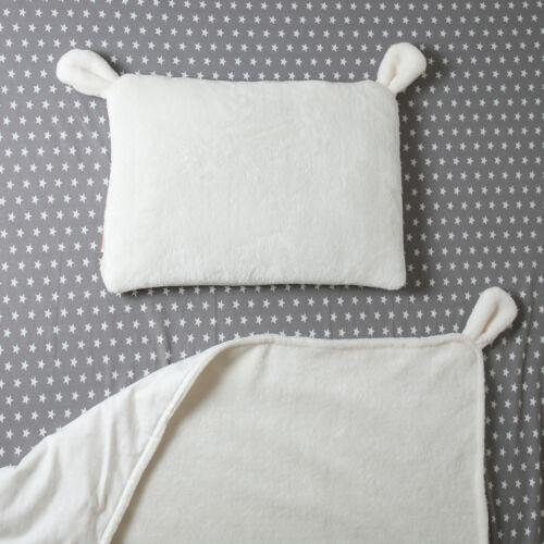Fehér fülecskés alvó párna (babyberry)