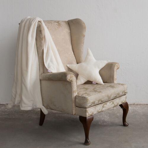 Fehér fülecskés takaró, (babyberry)