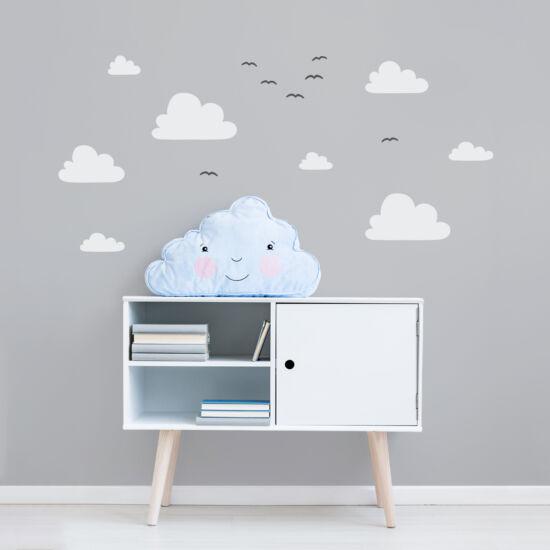 """""""Óriás felhők madarakkal"""" falmatrica - fehér, JUSTa"""
